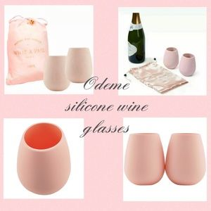 Odeme What A Pair Silicone Wine Glasses (Set of 2)